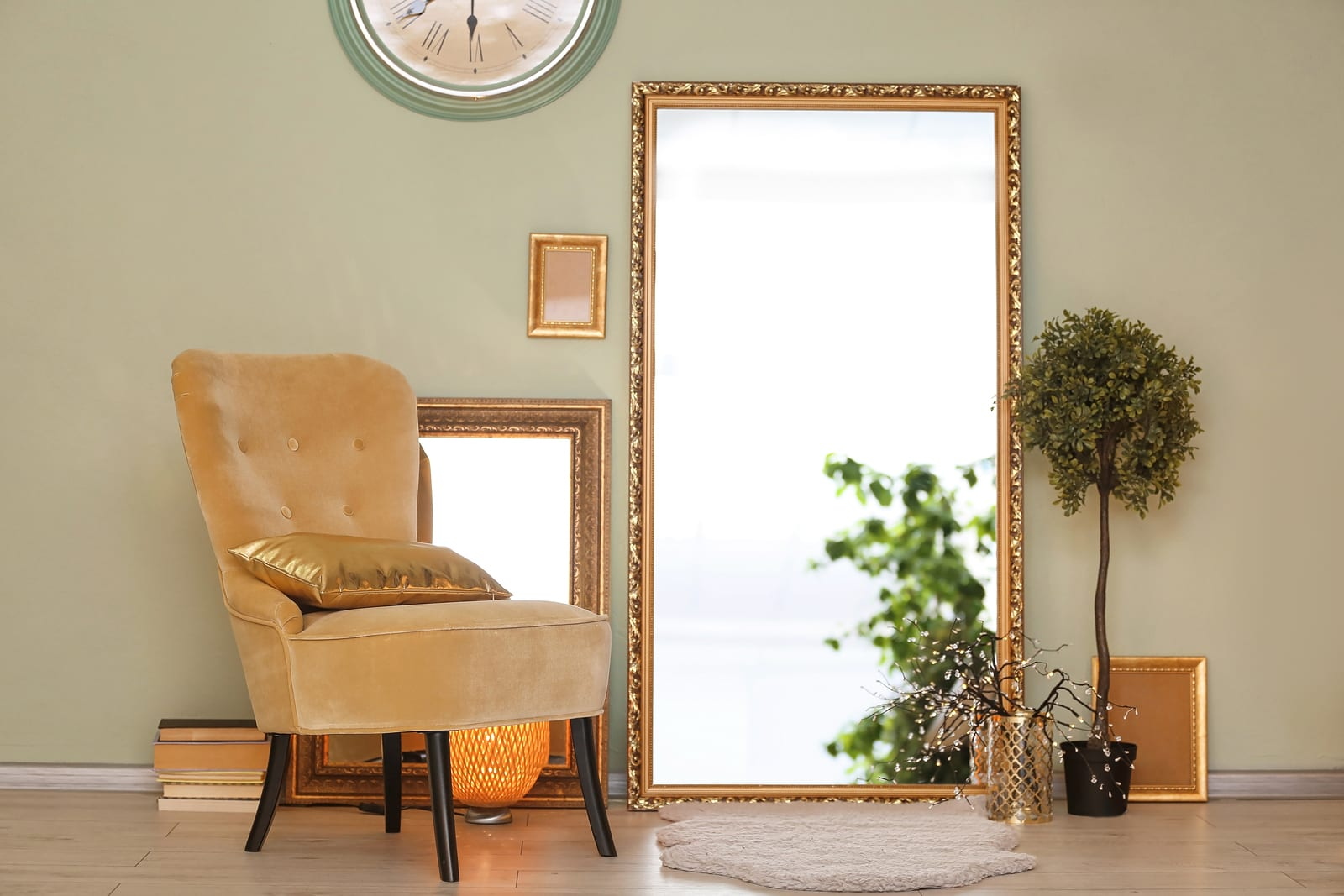 Use Mirrors to Spruce up Your Home
