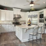 Pros vs. Cons: Kitchen Islands