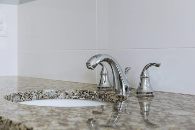 Choosing Bathroom Counters