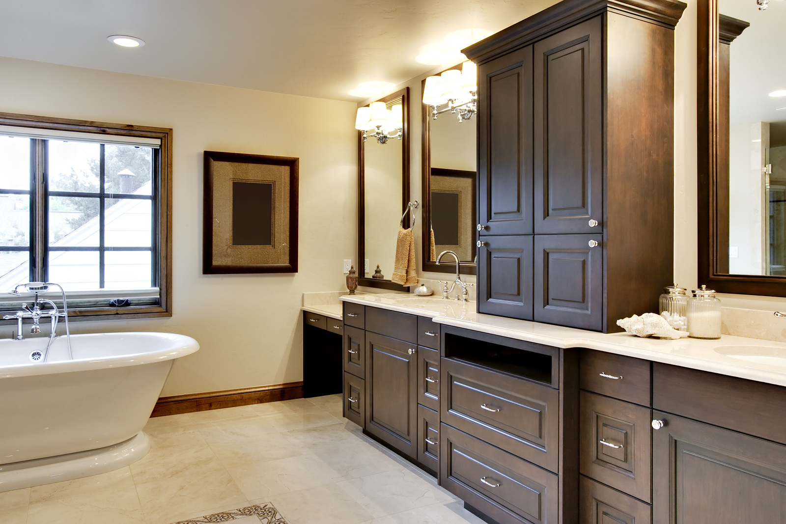 Bathroom with Custom Cabinetry Wood Cabinetry